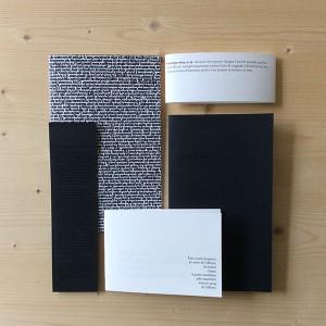 MARIE MICHELS/  Introspection    3 livrets / 1x6pages; 21x13cm / 1x6pages; 13,8X9,7cm / 1x4pages; 21x12cm / Impressions numériques / papiers Munken et Multidesign / Reliure cousue 3 points / 5 exemplaires   Ensemble de 3 livrets de textes et poèmes sur le thème de l'introspection.